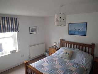 Waterside Cottage In Emsworth, Hampshire