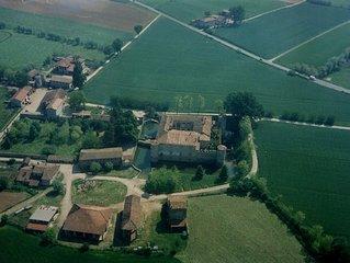 Un'antica casa nel borgo del Castello di Lisignano