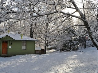 Birch Cottage - Perfect for a short or long stay!