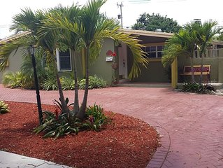 Gorgeous 1 Br. Apt. In Palmetto Bay, Fl.  is exactly as shown in the photos.uy