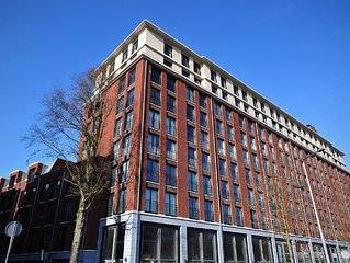 Fantastic New Double Layer Apartment of 95m at the beautiful Amstel River Area