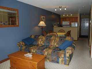 Fabulous 2 bedroom at the base of Silver Queen chair! Pet Friendly!