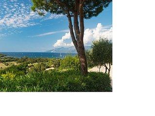 Gemütliche Wohnung (ca.60qm) Blick auf das Meer sowie in die Berge