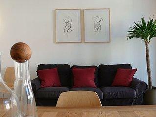 Design-Flat in Mitte, quiet, bright, 2 balconies, big garden.