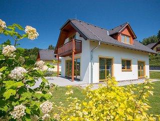 Ferienhaus Lipno Dreams mit Aussicht auf Lipno Stausee und 400m vom Skiareal