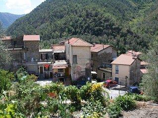 Riviera Hinterland,  Olivetta zwischen Italien + Frankreich