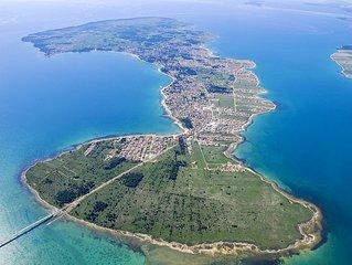 Modernes und ruhiges Ferienhaus mit großer Terrasse - Insel Vir nahe Zadar