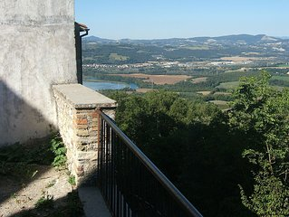 Casa indipendente in piccolo Borgo medioevale