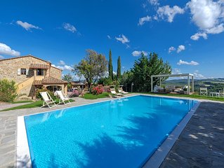 Elegant Villa with Pool, Sweeping views & Beautiful gardens near Volterra