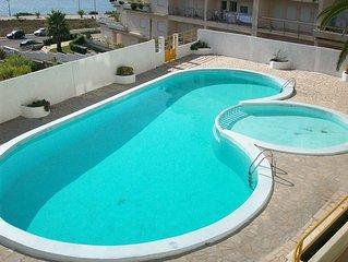 Apartamento T2 na Figueira da Foz, frente mar, com piscina