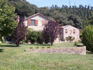 Caratteristica casa di campagna umbra in bellissima posizione panoramica - Casal