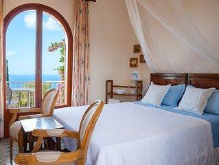 Sperlonga villa affascinante incantevole vista mare, stupendo giardino, WIFI gra