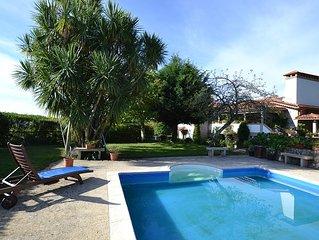 Casa minhota com 7 quartos e piscina privada