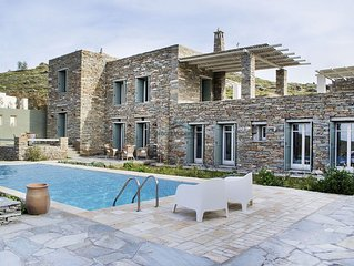 Luxurious stone built villa with a swimming pool and great sea view.