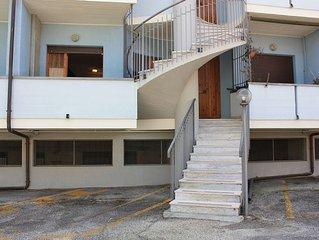 Appartamento a 100 mt dal mare, 4 posti letto, parcheggio privato.