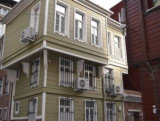 Heart of Istanbul– Sehr komfortables Apartment-Marine Style für bis zu 5 Persone