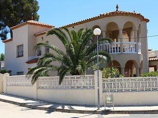 La Riviera liegt zwischen Cambrils und Miami Playa direkt am Meer fur 6 Personen