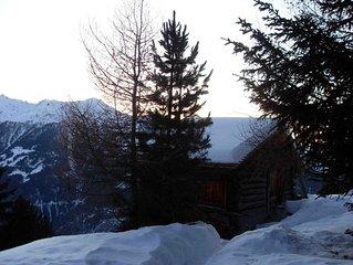 Chalet traditionnel situe a Chandolin, + haut village de Suisse (2000 m)