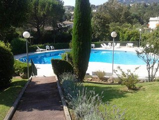 Nice apartment with large terrace and garden, garage and swimming pool!