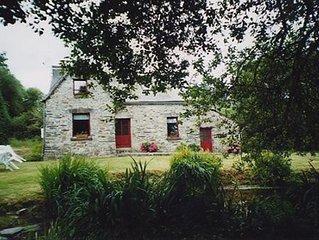 Jolie Maison traditionnelle de 1702,a Brasparts, Mts d'Arree. 2etoiles