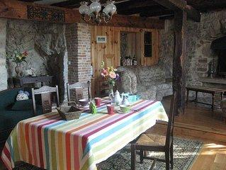 Gîte dans village médiéval  prés de Cordes/ciel
