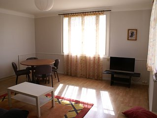 Logement complet au 1er étage d'une maison individuelle