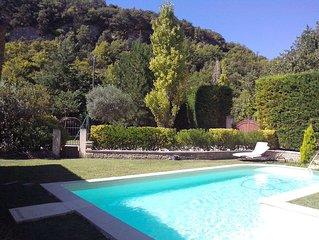 Maison avec piscine pres de Gordes