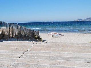 Almanarre Beach 900m recent luxury villa sleeps 1