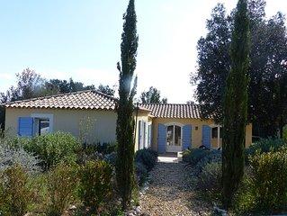Villa with pool in the town of Gorges du Gardon near the Pont du Gard
