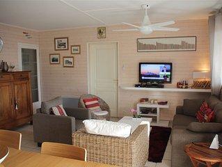 Appartement type T3, 100 mètres de la plage, plein centre ville.