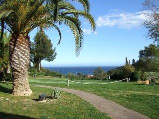 VILLA GARRIGUE, Cap Esterel, Agay, Rez de Jardin, Terrasse, vue mer, 6 Pers.