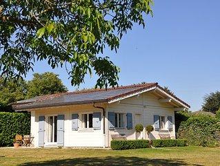 Maison independante dans propriete avec vue sur le mont blanc .