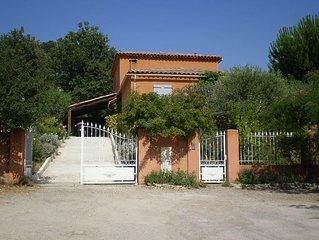 Luberon (Sud) Villa traditionnelle 7 p Piscine proche Etang de la bonde