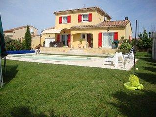 Villa piscine privée, en Provence idéale famille tout confort.