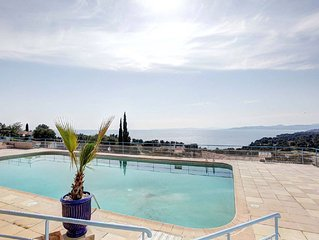 Duplex vue mer & piscine Boulouris