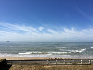 VUE MER ACCES DIRECT PLAGE GRAND APPARTEMENT