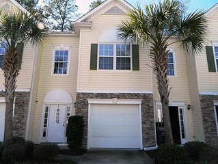 Spacious Townhome on Waterway in Little River SC w Golf view/river access