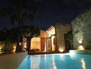 CasaBlanca  3 Bdrm, 3 Bath Modern, Colonial, Hacienda Syle, Luxury Rental Home