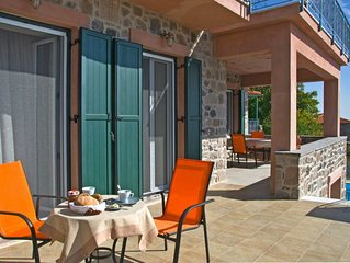 family-friendly, relaxing vacations in a typical Greek vilage