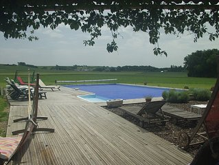 Large 1 Bedroomed Gite With Air Conditioning And 12 Metre Pool
