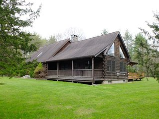 Family-Friendly Catskills / Hudson Valley Log Cabin Oasis - Perfect Location