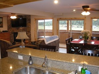 The Lodge at Duck Creek: BEAR'S DEN SUITE