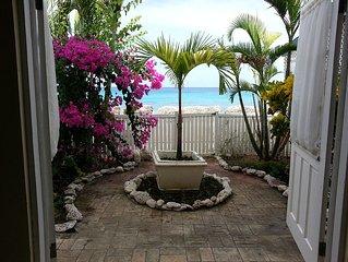 Garden -   Sea views