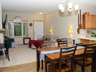 Charming townhome close to the action - 2016 Ryder Cup