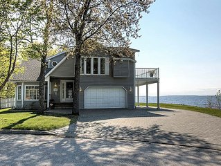 Executive 5 bdrm, all season waterfront home on Lake Nipissing in North Bay, ON