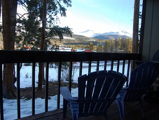 Great Views-Winter Park 2/2 Condo on Winter Shuttle Route