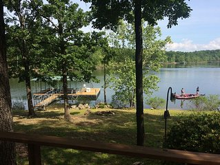 Table Rock Lake Front House!!!! Steps away from the water's edge!