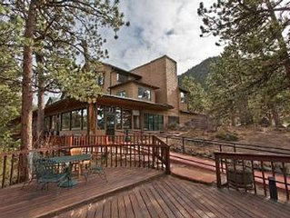 Historic Crags Lodge ~ 1 BDRM CONDO ~ 3 MILES TO LAKE ESTES MARINA ~ GREAT VIEWS