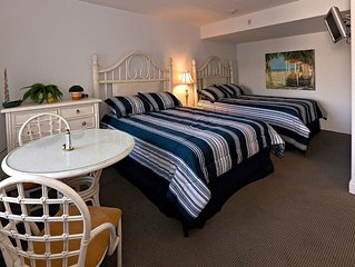 Beautiful New Condo Sleeps 4 - Only 2 Blocks From Beach/boardwalk