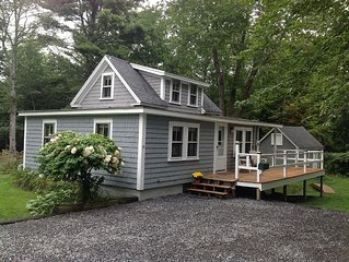 Cozy Boothbay Harbor Cottage in Country-like Setting, Walking Distance to Harbor